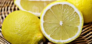 efirnoe-maslo-limona-dlya-nogtey